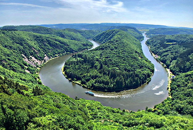 Saarland met haar grenzeloze charme - bewonder de schitterende natuur en de prachtige oude stadjes